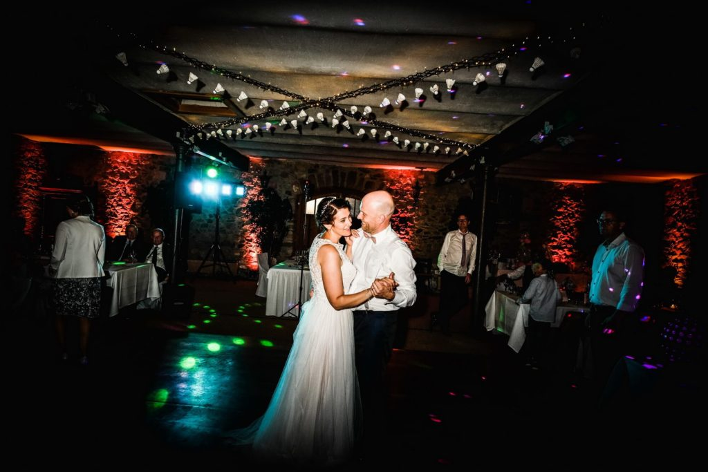 Brautpaar Tanz Hochzeit